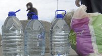 Specialistai apie gyvsidabrį vandenyje: jis – itin pavojingas kelių grupių žmonėms (nuotr. stop kadras)