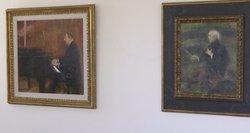 Seime iškabino garsių tapytojų kūrinius: kai kurie įžvelgia gudrų planą muziejui naikinti