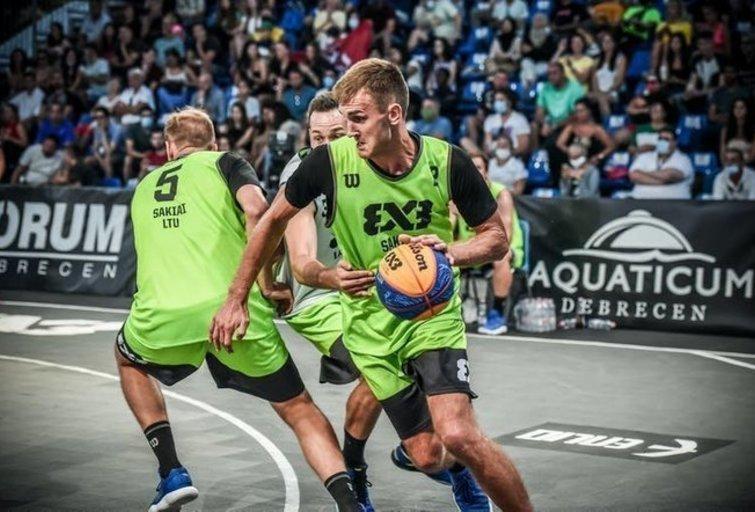 Lietuviai nesėkme pradėjo turnyrą (nuotr. FIBA)