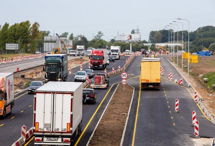 Kelių tvarkymas, eismas (Teodoras Biliūnas/Fotobankas)