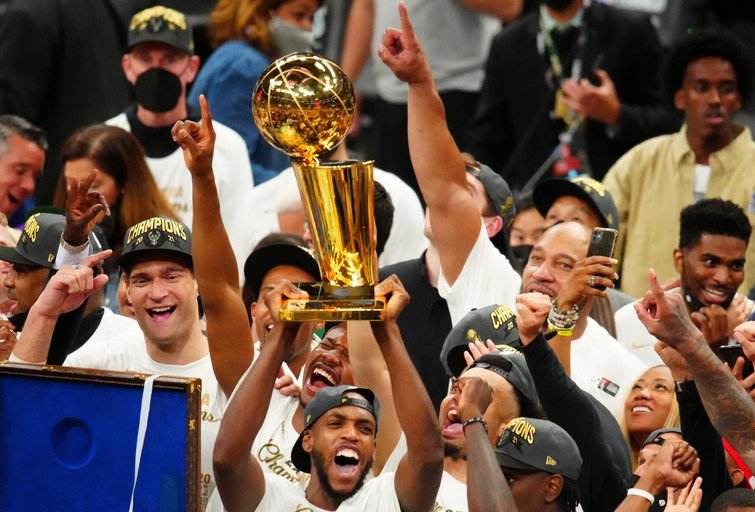 """Bucks"" – NBA čempionai (nuotr. SCANPIX)"