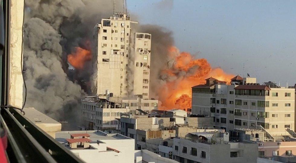 Miestuose susirėmimai tarp žydų ir palestiniečių peraugo į pogromus