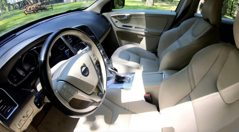 """Autopilotas. Ką verta žinoti prieš tampant naudoto """"Volvo XC60"""" šeimininku"""