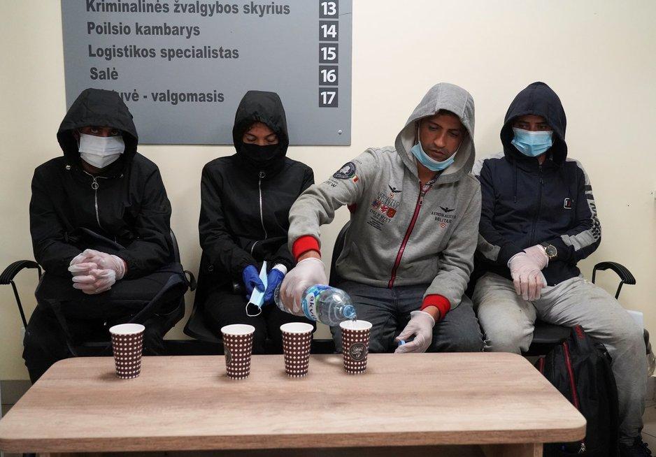 Lietuvos pasienyje sulaikyti migrantai