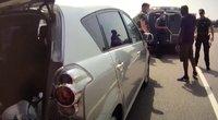 Lietuvos policija pakeliui į Lenkiją sulaikė keturis neteisėtus migrantus (nuotr. Policijos)