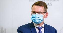 """Dulkys: sprendimas dėl leidimo savarankiškai pasiankstinti antrąją """"AstraZeneca"""" vakcinos dozę – netrukus"""