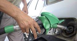 Aplinkos ministerija skelbia karą taršiems automobiliams: užsimojo sulyginti dyzelino ir benzino kainas