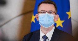 Dulkys kreipėsi į Generalinę prokuratūrą: Lietuvos nepasiekė 20 vagonų medikams skirtų apsaugos priemonių