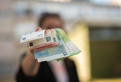 """Nuo kitos savaitės """"Sodra"""" pradeda mokėti pensijas ir išmokas: kada gausite pinigus?"""