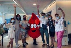 Santaros klinikų Kraujo centras dėkoja kraujo donorams: apdovanoti 85 garbės donorai