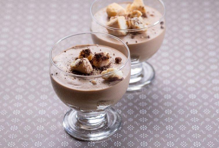 Kavos ir šokolado putėsių desertas (nuotr. Organizatorių)