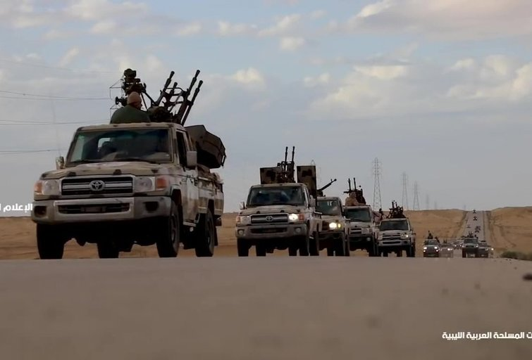 Karas su Rusijos pėdsaku: samdiniai žygiuoja į Libijos sostinę (nuotr. SCANPIX)