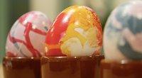Nagų laku marginti kiaušiniai (nuotr. stop kadras)