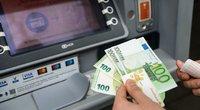 Bankų pelnas išaugo 15 proc. (nuotr. Fotodiena/Justino Auškelio)