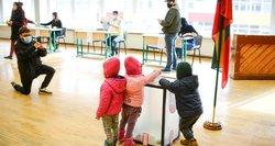 Nesutaria dėl Konstitucijos pataisų: ar 21-erių asmuo per jaunas būti Seimo nariu?
