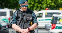Naujovė, kurios nebuvo: policijos pareigūnas galės nurodyti įtariamam smurtautojui kuriam laikui kraustytis lauk