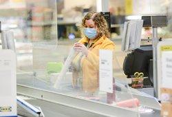 Nauji ribojimai: kam reikės galimybių paso, ką nušalins ir kaip tikrins gyventojus bei verslą