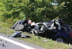 Mirtimi paženklinta avarija Jonavos rajone: žuvo 25-erių metų vairuotojas