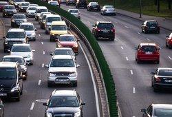 Uždaryti miestai ir keliai be benzininių ir dyzelinių automobilių: pasakė, kaip Lietuva kovos su klimato kaita