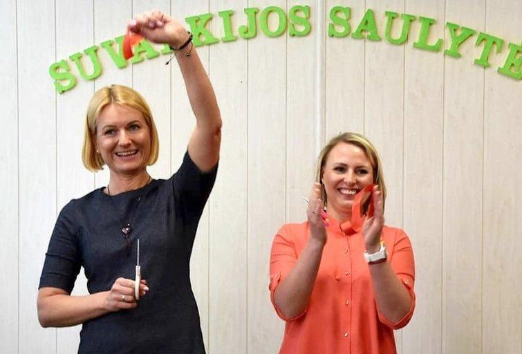 """Vaikų dienos centro """"Suvalkijos saulytės"""" įkūrėjos Igrida Januškienė (dešinėje) ir Sigita Barišauskienė. Vaikų dienos centro """"Suvalkijos saulytės"""" archyvo nuotr."""