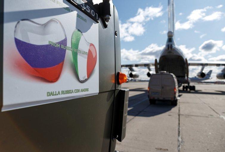 Italijos žiniasklaida: 80 proc. Rusijos humanitarinės pagalbos – bevertė (nuotr. SCANPIX)