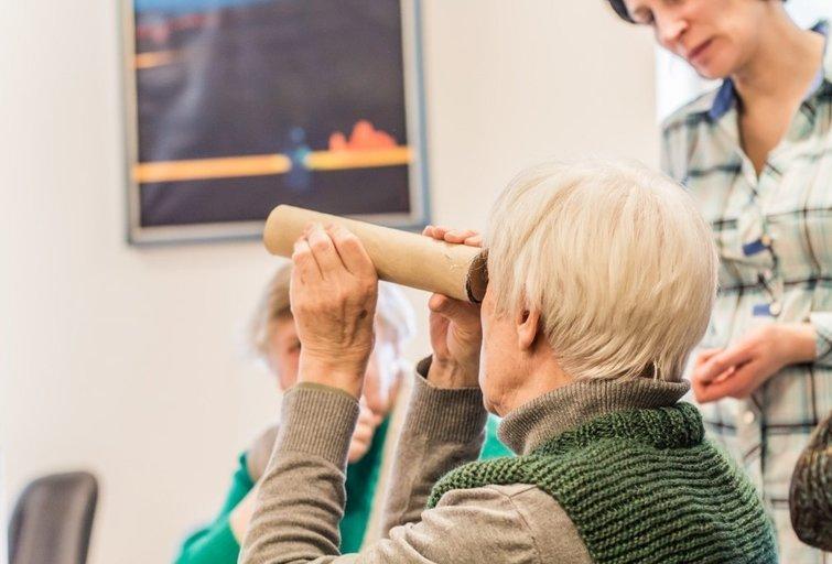 Fabijoniškių socialinių paslaugų namų dienos centrą lanko segantieji Alzheimerio liga. Fabijoniškių socialinių paslaugų namų dienos centro archyvo nuotr.