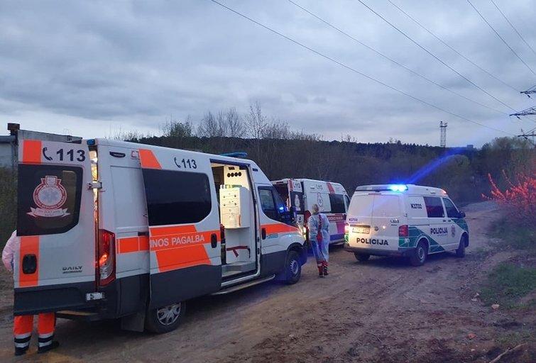 Kaune traukinys partrenkė jauną merginą (nuotr. tv3.lt)