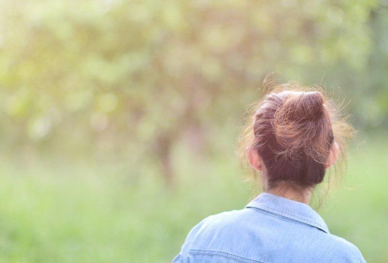 Moteris gamtoje (nuotr. Shutterstock.com)