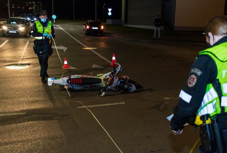 Motociklo avarija Vilniuje (nuotr. Broniaus Jablonsko)