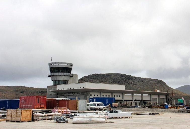 """""""Pats beprasmiškiausias"""" oro uostas pasaulyje sulaukė pirmojo reguliaraus reiso (nuotr. SCANPIX)"""
