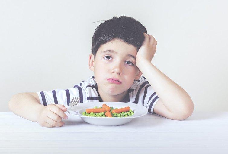 Vaikas be apetito (nuotr. Fotolia.com)