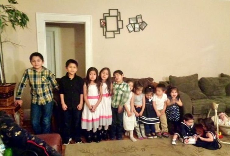 """Penkiolikos vaikų mama laukiasi šešioliktosios atžalos - visų vaikų vardai prasideda raide """"C"""" (nuotr. facebook.com)"""