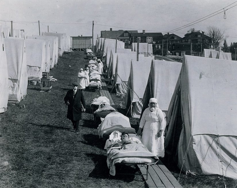 """""""Ispaniškasis gripas"""" ir COVID-19: tikėtis tokios pat greitos pabaigos nėra vilčių"""