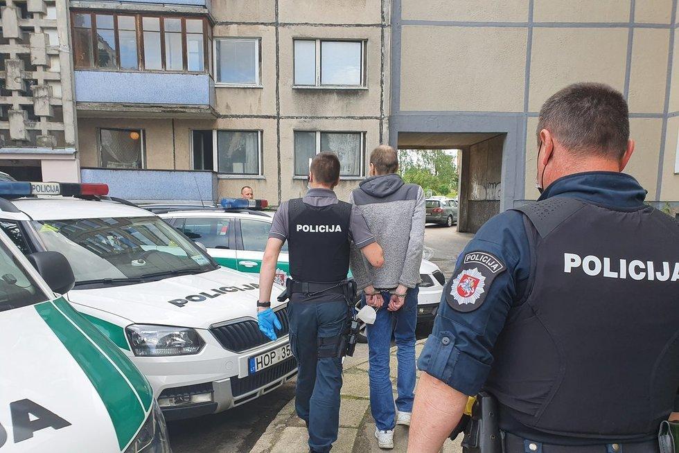 Nužudymas Vilniuje: bute rastas nudurtas vyras, sulaikyti trys asmenys (nuotr. Broniaus Jablonsko)
