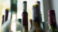 Alkoholio kainos Lietuvoje: galima pasidžiaugti nebent tuo, kad Latvijoje ir Estijoje brangiau (nuotr. Fotodiena/Justino Auškelio)