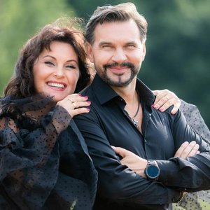 """Vestuvių metines minintis dainininkas Igoris Jarmolenka nustebino mylimąją: """"Žmona su tokiu pasiūlymu sutiko pirmą kartą"""""""
