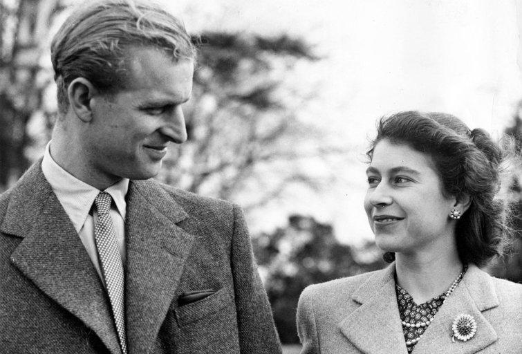 Karalienė Elizabeth II ir princas Philipas (nuotr. SCANPIX)