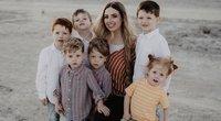 Chloe Dunstan namuose moko šešis savo vaikus, ir dar randa laiko vadovauti savo verslui (nuotr. facebook.com)