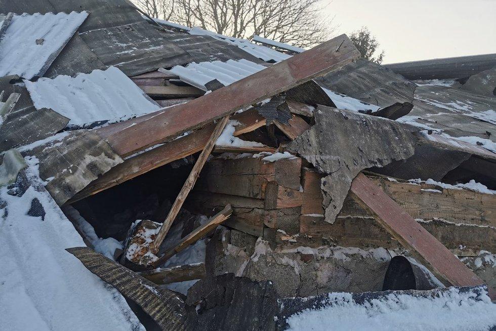 Kretingos rajone sugriuvo namas, vienas žmogus žuvo (nuotr. tv3.lt)