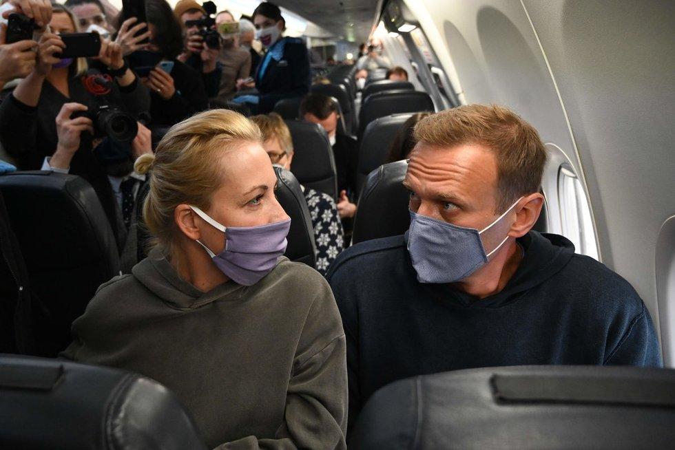 Aleksejus Navalnas su žmona (nuotr. SCANPIX)