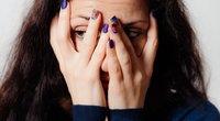 Susigėdusi moteris (nuotr. Shutterstock.com)