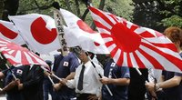 """Kodėl Japonijos """"tekančios saulės"""" vėliava kelia nemažai olimpinių ginčų? (nuotr. SCANPIX)"""