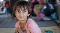 Mergaites perrenginėja berniukais: kartais ši kultūra Afganistane vadinama ir kita lytimi (nuotr. Vida Press)