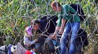Migrantai bando patekti į Vengriją (nuotr. SCANPIX)