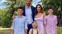 Kšištofas ir Tatjana Lavrinovičiai su vaikais –Danieliumi, Dominyku ir Emily (nuotr. Instagram)