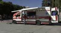 Kaune – iki šiol neregėtas greitosios pagalbos super automobilis – įsigijo už miestiečių aukas (nuotr. stop kadras)