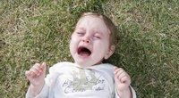 Vaikas verkia (nuotr. freedigitalphotos.net)