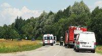 """Tragedija Alytaus rajone: avarijoje žuvo du vaikai (nuotr. iš soc. tinklo """"Kur stovi policija Alytuje"""")"""