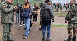 Migrantai maldauja pagalbos: mes čia lėtai mirštame