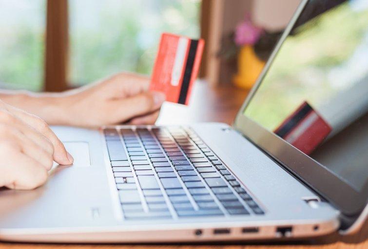 Internetinė bankininkystė (nuotr. 123rf.com)